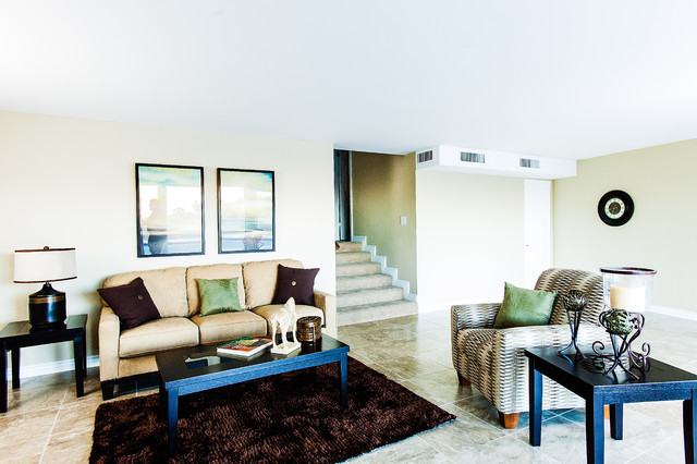 Paradise Valley remodel & staging contemporary-family-room