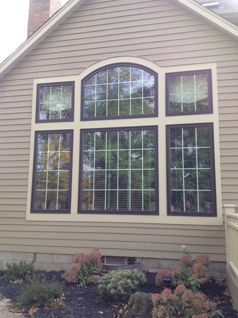 Pella wood clad casement windows for Pella casement window screens