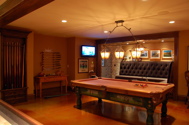 Pool and Game Room traditional-family-room
