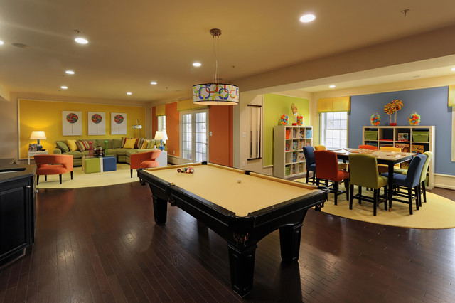 POPLAR RUN - OXFORD modern family room