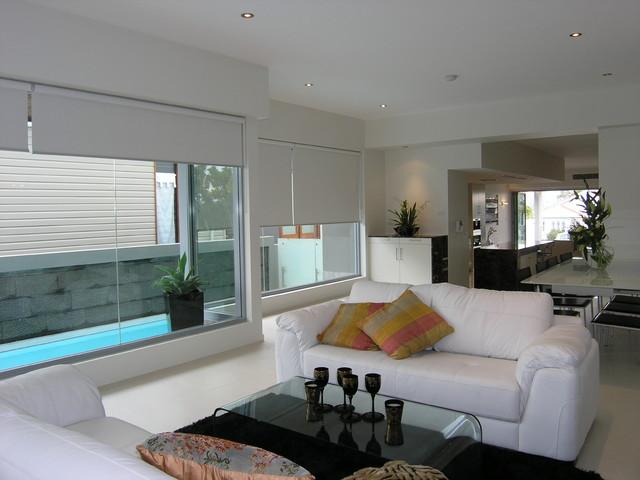 power street no 3 minimalistisch wohnzimmer brisbane von east coast building design. Black Bedroom Furniture Sets. Home Design Ideas