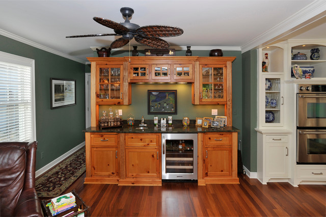 Princeton Avenue traditional-family-room