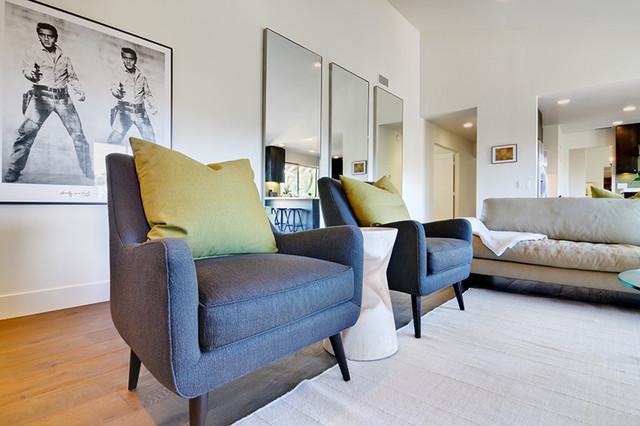 Rancho Santa Fe House contemporary-family-room