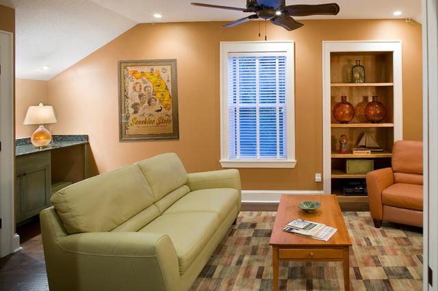 RANDOM traditional-family-room