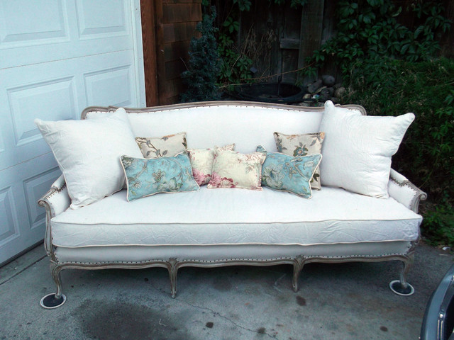 how to get stains out of fabric sofa