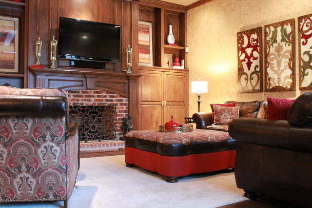Red and gold formal living room traditional family for Bedroom ideas red and gold