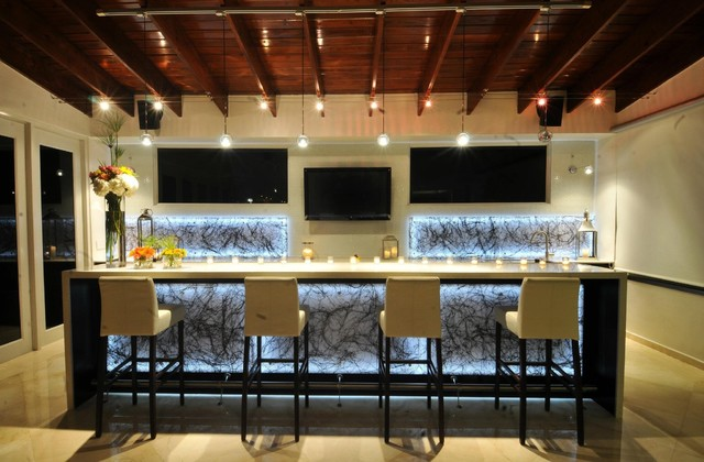 Residential Bar Contemporary Family Room