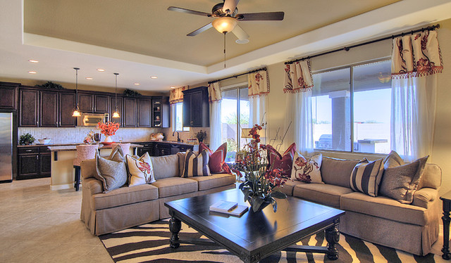 Richmond American Homes - Phoenix contemporary-family-room
