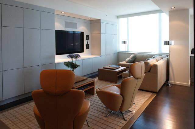 Robert Bailey Interiors family-room
