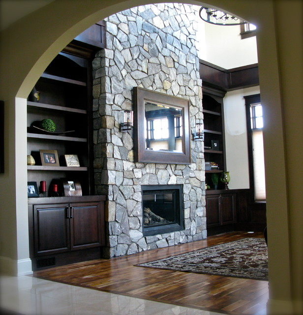 Rock Point Mud Rooms, Bookcases, Bars traditional-family-room