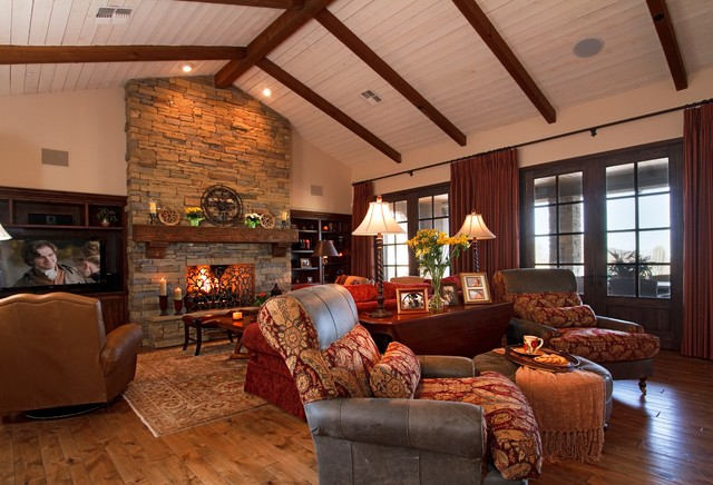 Great Room, warm colors... traditional family room