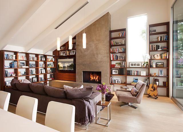 SantaTeresita modern-family-room