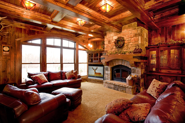 Schmidt Lake Stone Lodge traditional family room