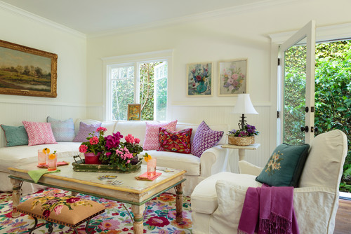 Shabby-chic Style Family Room