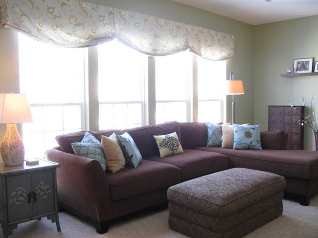 Shoshana contemporary family room