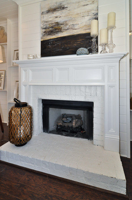 Signature Homes Fireplace at Waters Edge  living room