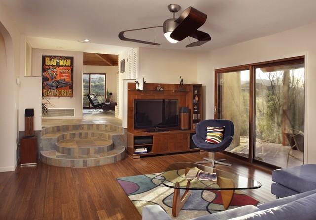 Modern Family Room by Patricia B. Warren, AIA   Warren Architecture, LLC