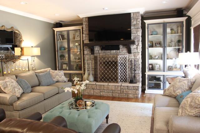 Sleek and modern living room makeover modern living room for Sleek living room designs