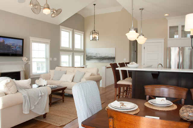 Stone Harbor Beach House Contemporary Family Room