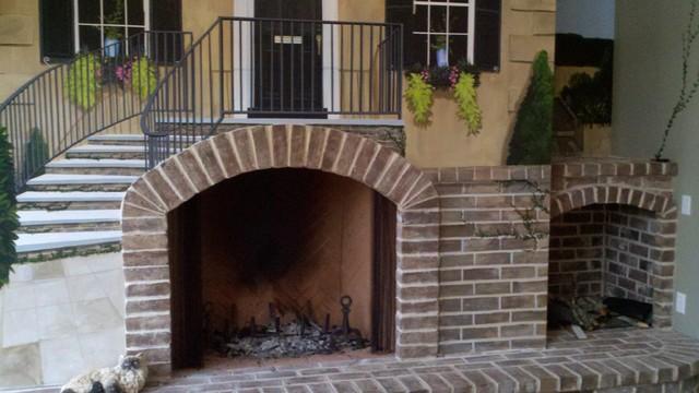 Sullivan 39 S Island Brick Fireplace Hearth Surround