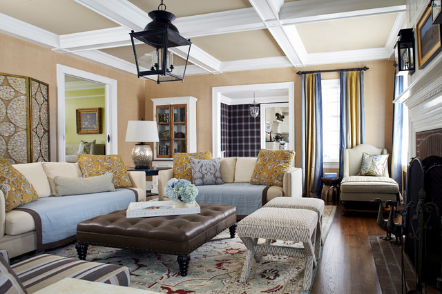 Summit stunner traditional family room new york by for Houzz soggiorno