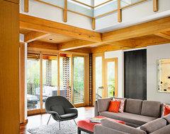 Tarrytown House asian-family-room
