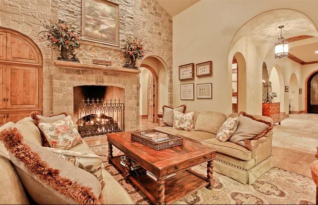 Texas Mediterranean mediterranean-family-room