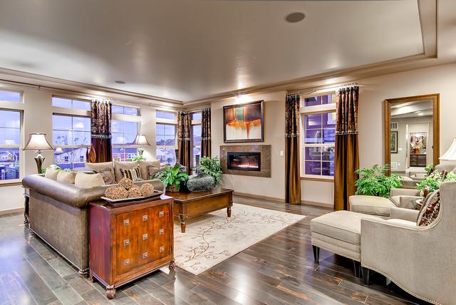 The Boulderado traditional-family-room