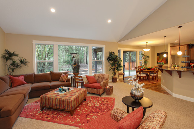 The Shasta in West Linn traditional-family-room