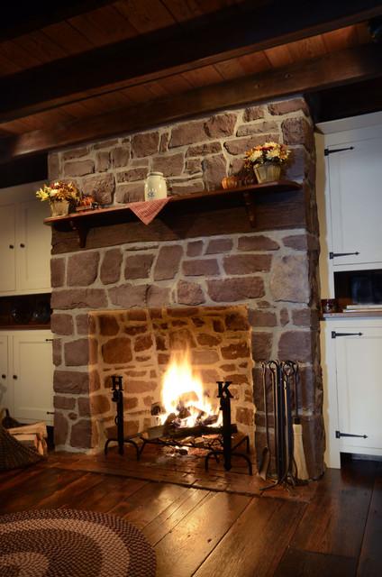 Thin Stone Veneer Fireplace Traditional Family Room