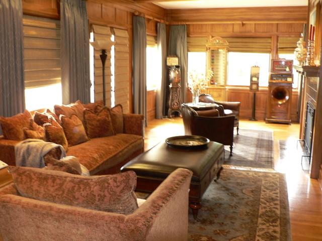 Timothy De Clue Design traditional-family-room