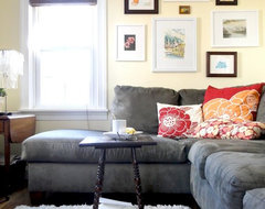 Tips for Entertaining in a Small Space contemporary family room
