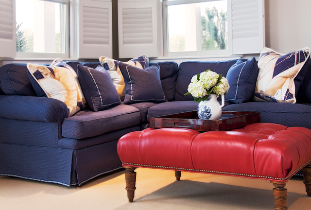 Tom Nevers traditional-family-room
