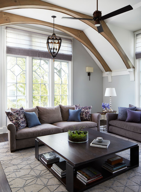 Family room - traditional family room idea in Chicago