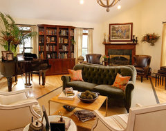 Forth Solonga Family Room traditional family room