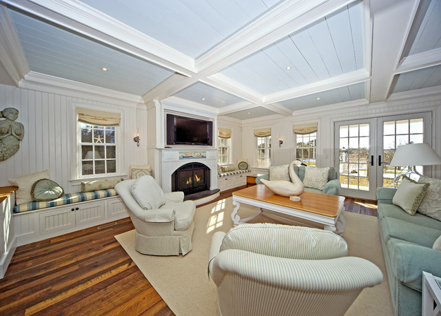 traditional family room by ARCHIA HOMES