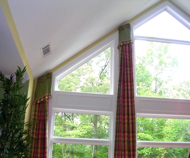 Window Treatments Traditional Family Room Atlanta By Lady Dianne S Custom Window Amp Bed