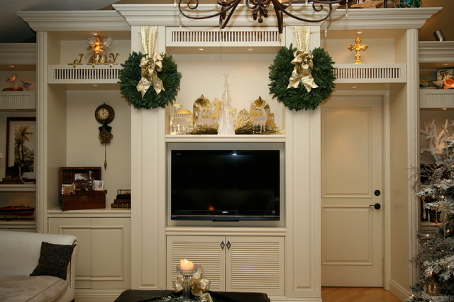 Christmas Decorations Traditional Family And Games Room