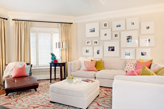 Example of a classic family room design in Toronto with beige walls