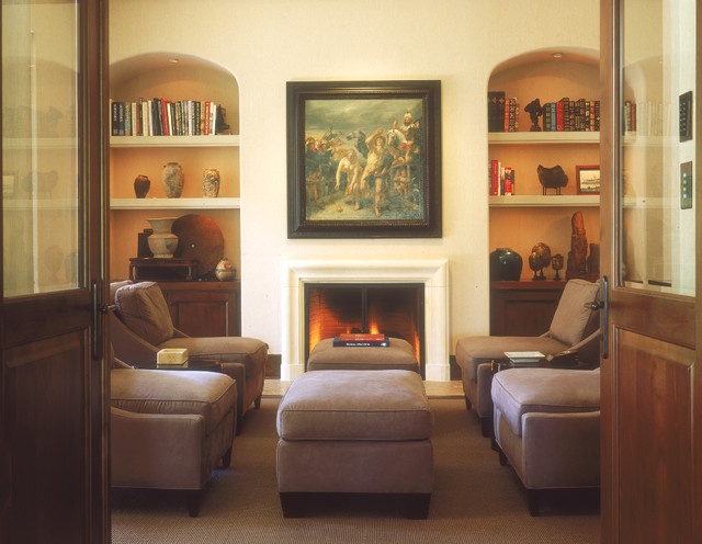Traditional traditional-family-room
