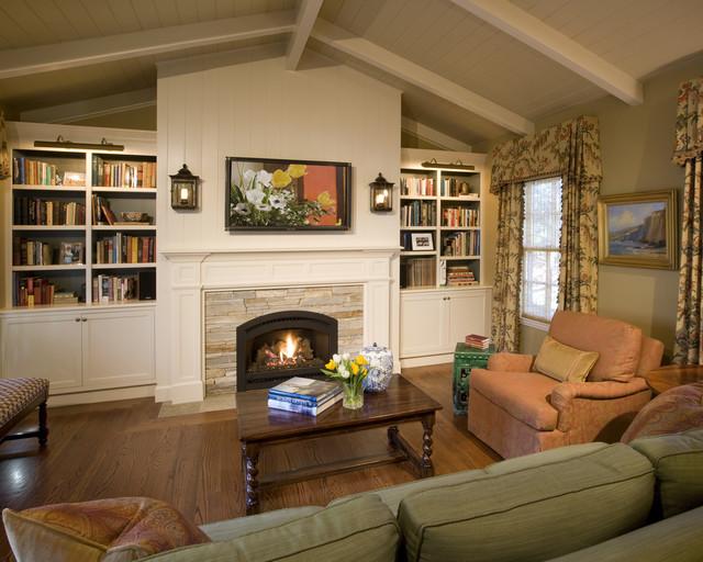 Tradtiional Family Room traditional-family-room