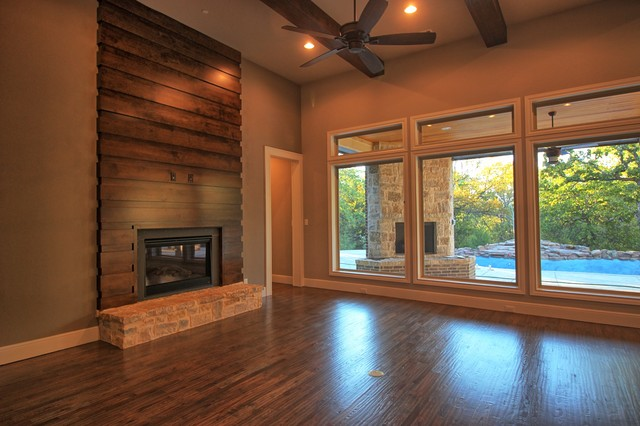 Trailwood Court transitional-family-room