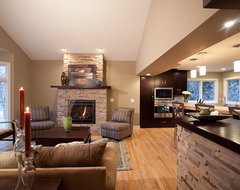 Twin Oak  family room