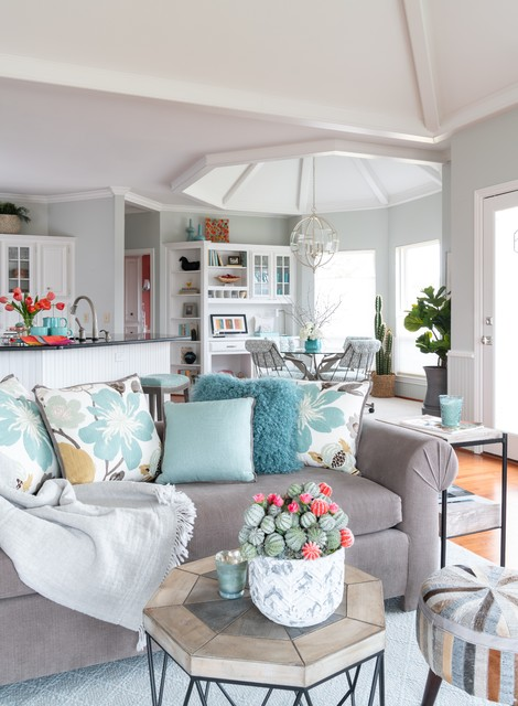 Transitional Ranch family-room