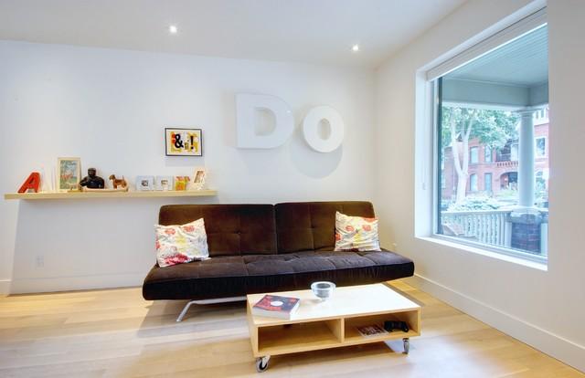 Trinity-Bellwoods Townhouse modern-family-room