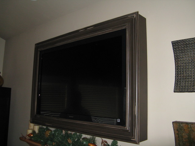 tv frames traditional family room