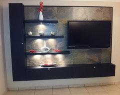 TV modern-family-room