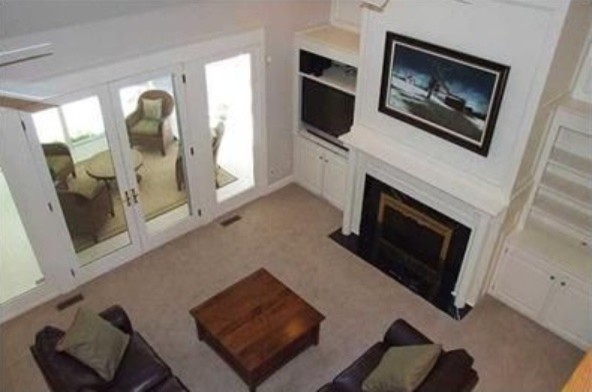 Example of a classic family room design in Columbus