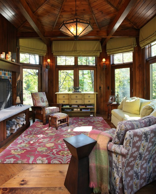 Up North Michigan Cabin Traditional Family Room