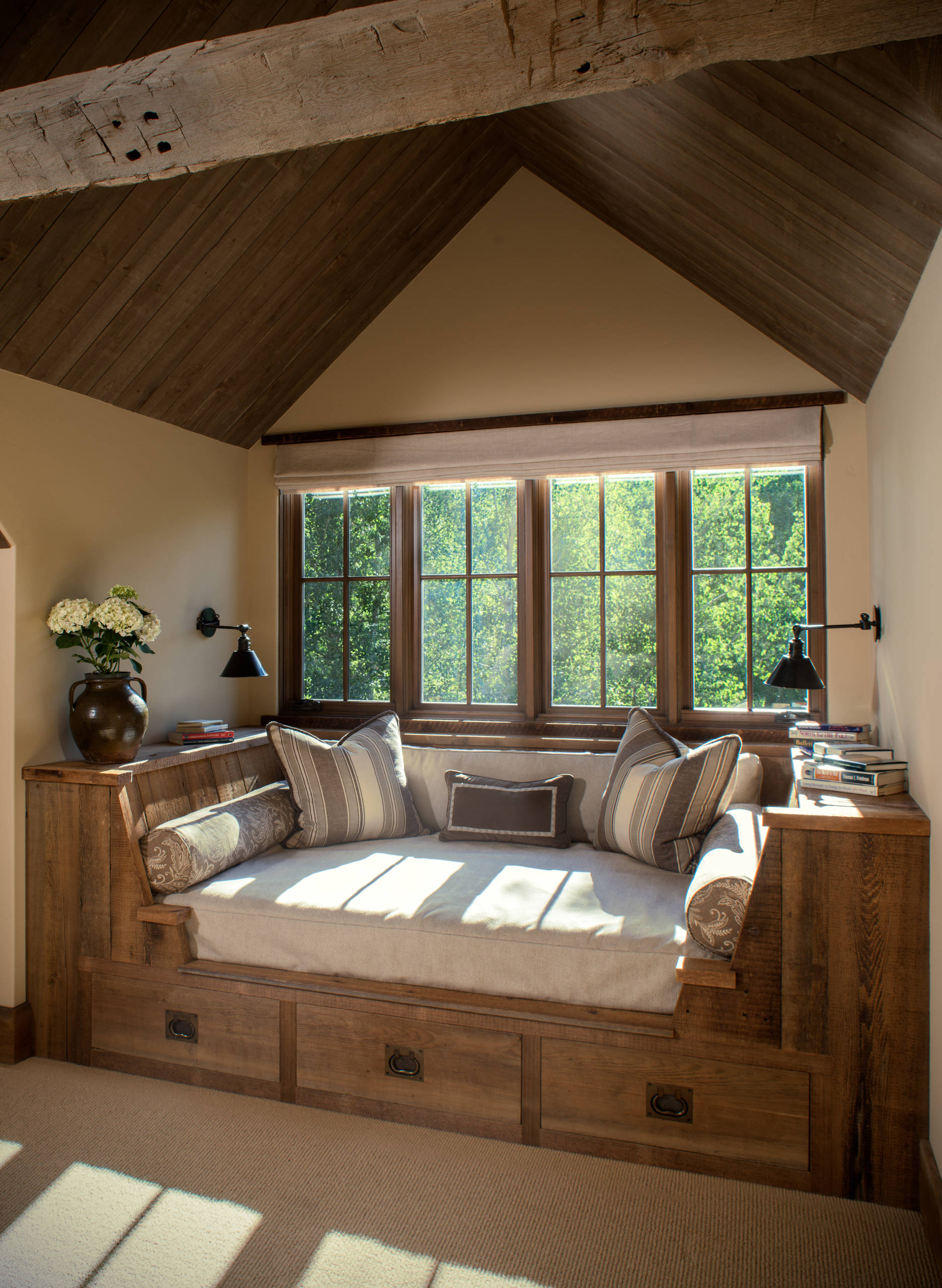 75 Beautiful Carpeted Family Room Pictures Ideas February 2021 Houzz